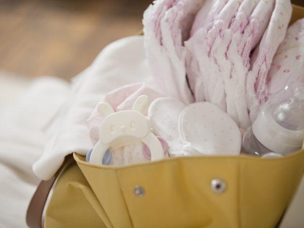3 ways to lighten the load in your diaper bag